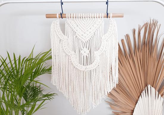 Online Class: DIY Macramé Wall Hangers