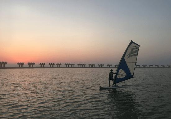 4-Hour Windsurfing Course (Intermediate)