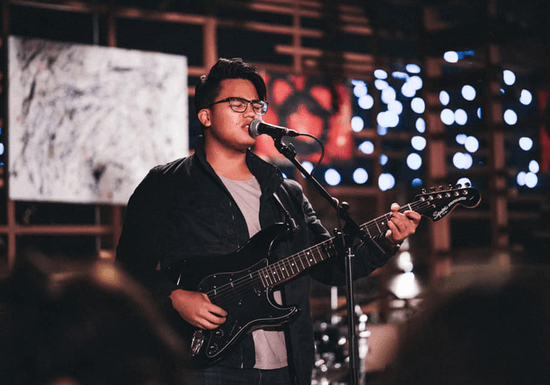 Online Class: Learn Bass & Electric Guitar with Jerome