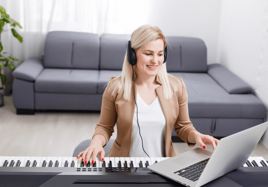 Online Class: Piano/Keyboard Classes with Valentyna