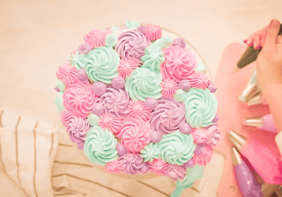 Online Class: Baking & Decorating Cakes