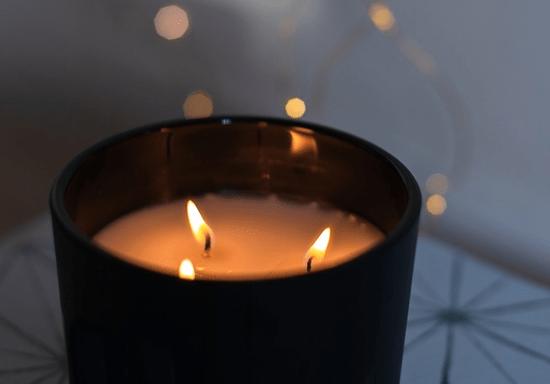 Candle Making Workshop: Crafting & Mixology