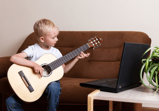 Online Class: Learn Guitar With Maby for Kids - Age: 6-17
