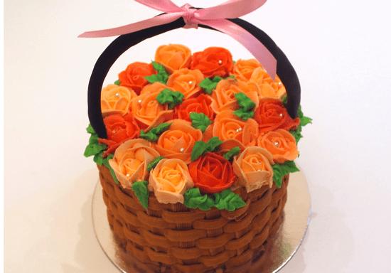 Make a Bouquet of Buttercream Roses