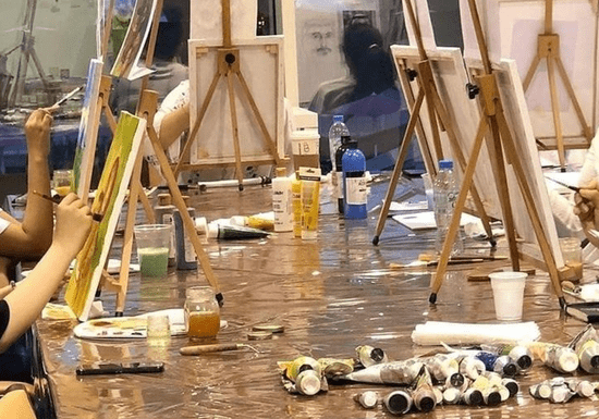Fine Art Group Class with International Artist for Girls – Ages: 9-14