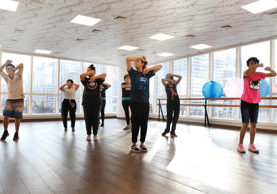 Hip-Hop Dance for Kids - Ages: 8-14
