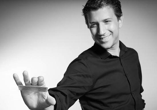 Learn Magic with VIP Magician Felipe: Level 1