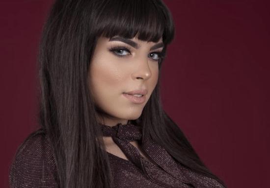 Makeup Basics for Beginners (Arabic Instruction)