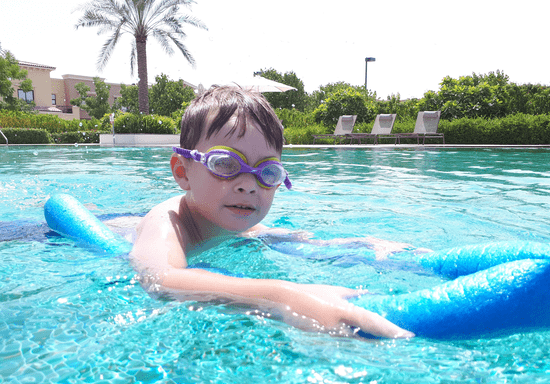 Private Swimming Lessons with Male Instructor (All Ages)