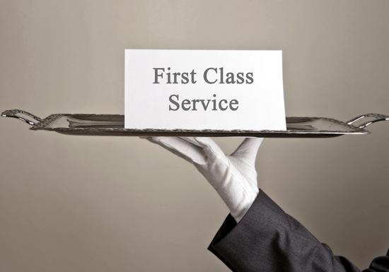 Effective Customer Service & Service Staff Etiquette