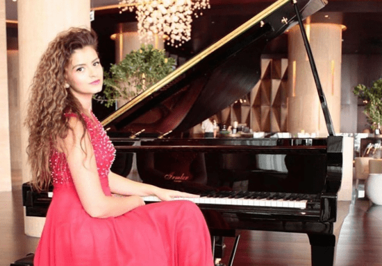 At-Home Piano/Keyboard Lessons with Valentyna