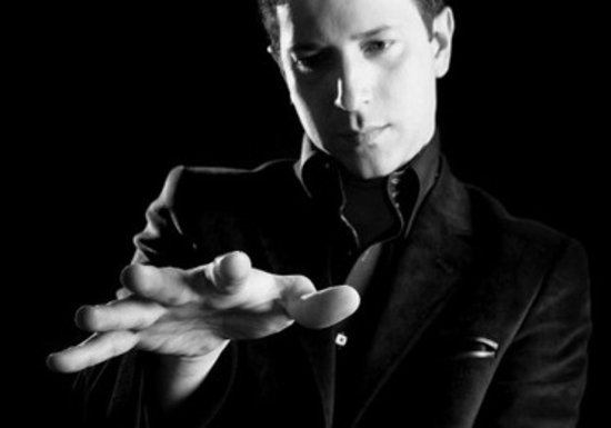 Online Class: Intro to Close Up Magic with VIP Magician Felipe