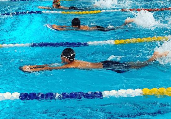 Beginner's Swimming Lessons - Ages: 3-16 (Al Barsha)