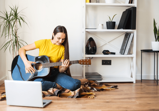 Online Class: Learn Guitar with Maby