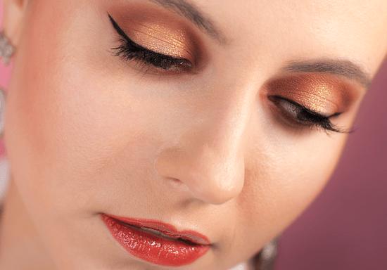 Smokey Eye or Halo Eye Evening Makeup with Miz