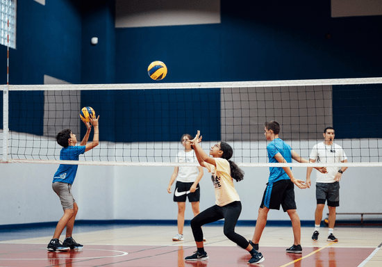 Volleyball Classes for Teens - Ages: 15-17 (Jumeirah Park)