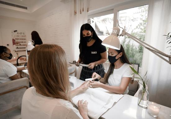 Professional Manicure Course - Level 1