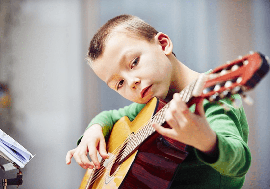 At-Home Guitar Lessons with Daylin (1-on-1)