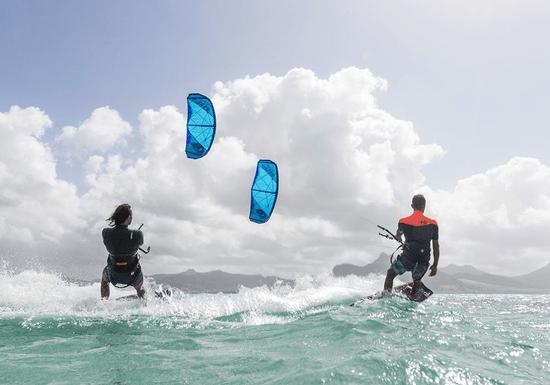 Kitesurfing Full Beginner Course for Couples